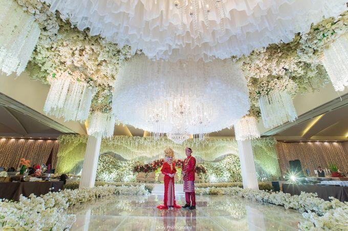 Wenty & Putra Wedding by SVARNA by IKAT Indonesia Didiet Maulana - 009