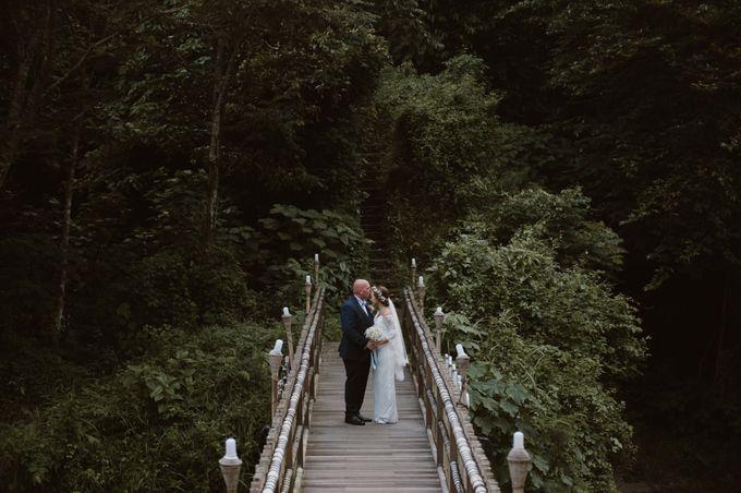 Brett & Belinda Wedding by Sthala, A Tribute Portfolio Ubud Bali by Marriott International - 004