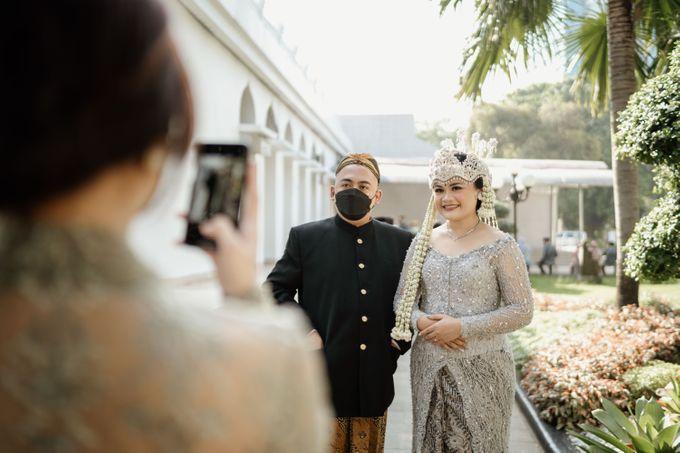 Dila & Rizky Wedding by AKSA Creative - 010