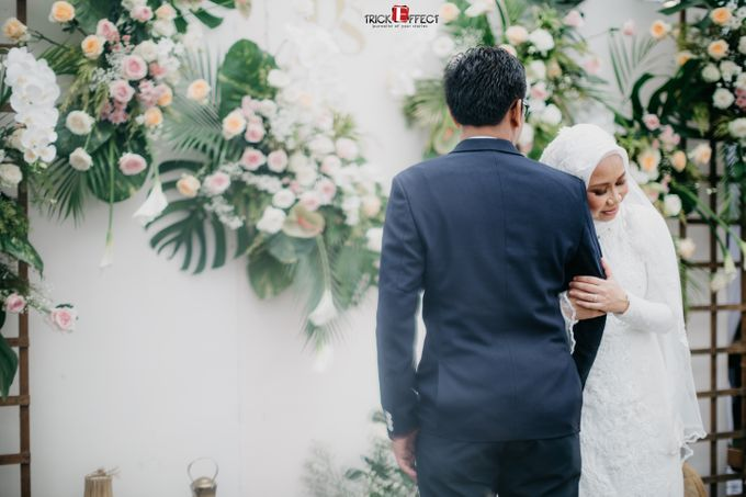 The Wedding of Dini & Sigit by Trickeffect - 033