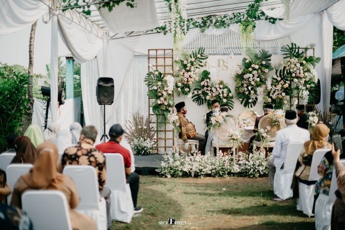 The Wedding of Dini & Sigit by Trickeffect - 017