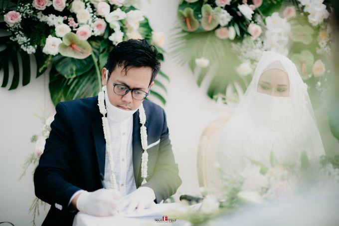 The Wedding of Dini & Sigit by Trickeffect - 018