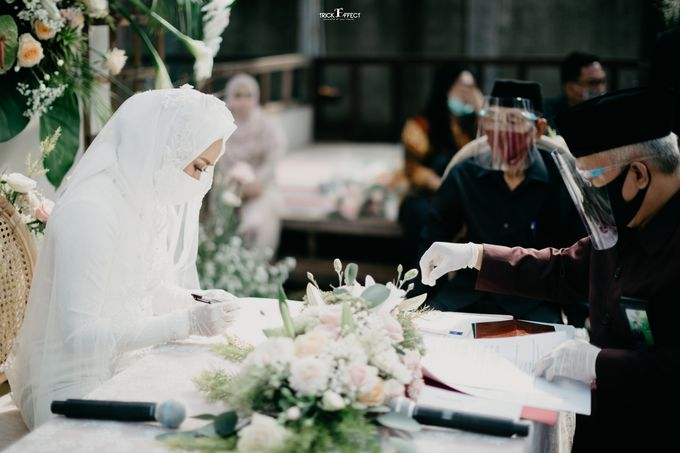 The Wedding of Dini & Sigit by Trickeffect - 019