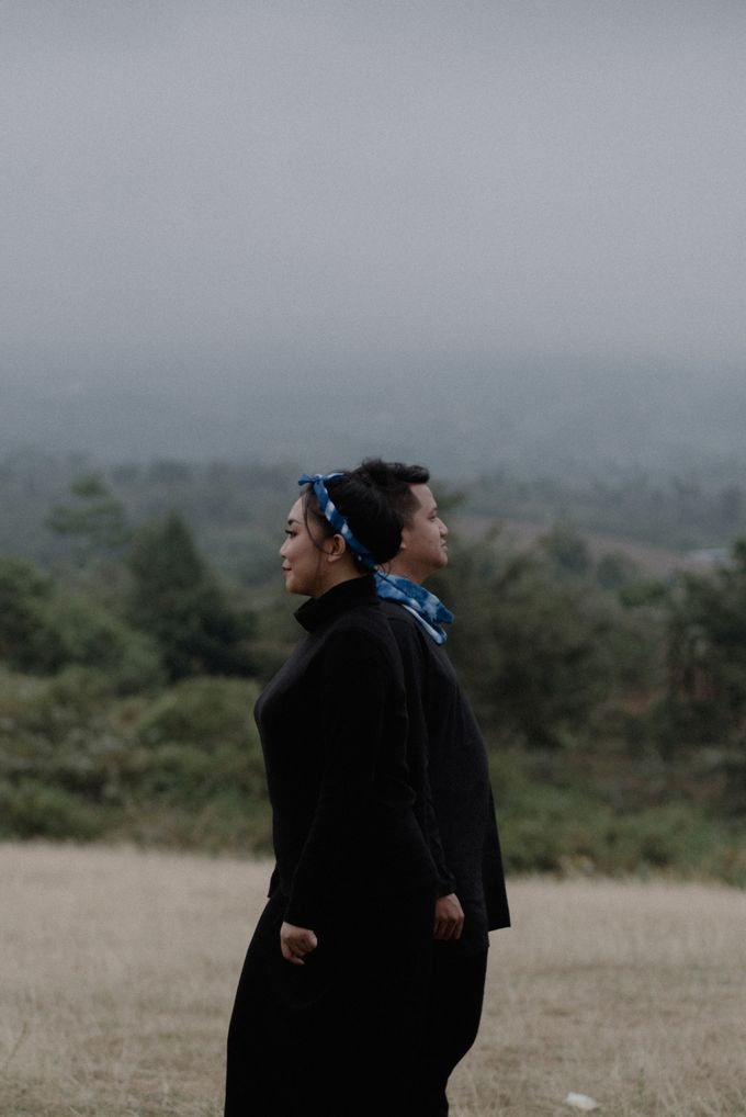 Dipa and Devi | Intimate Session by MERAWI - 009