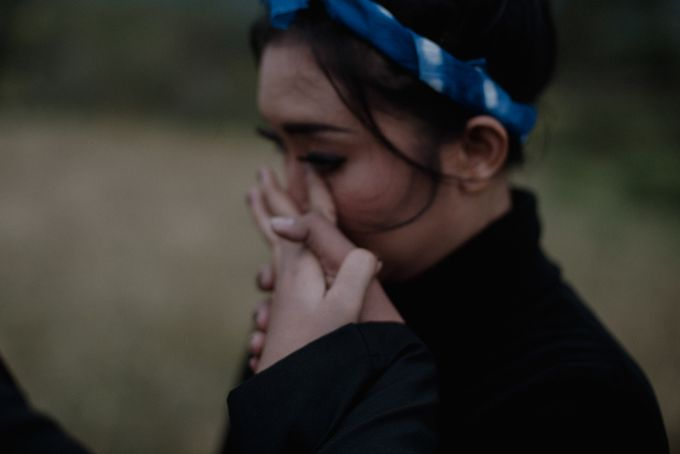 Dipa and Devi | Intimate Session by MERAWI - 011
