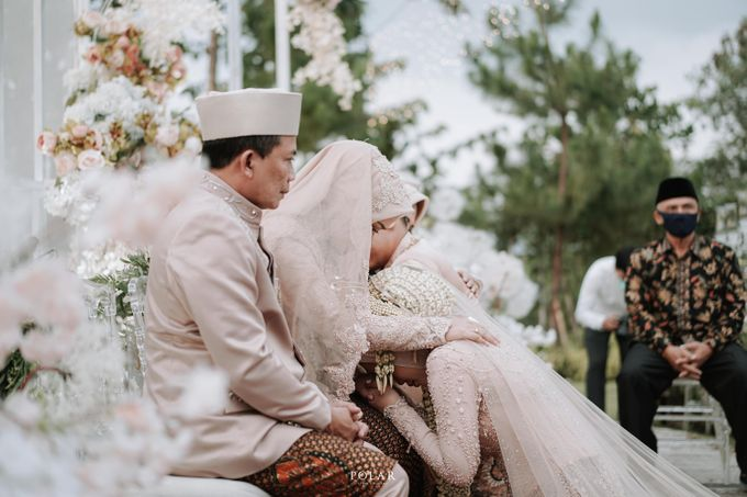 Dyah & Luthfi Wedding Decoration by Valentine Wedding Decoration - 023