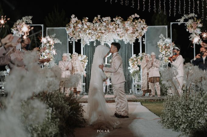 Dyah & Luthfi Wedding Decoration by Valentine Wedding Decoration - 032