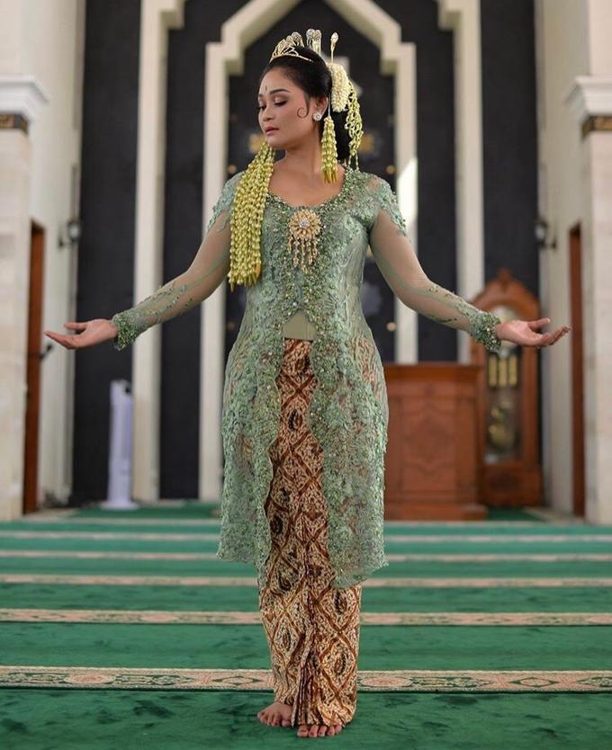 Sunda Siger - Kebaya Dasima by Djenar by Djenar Wedding - 004