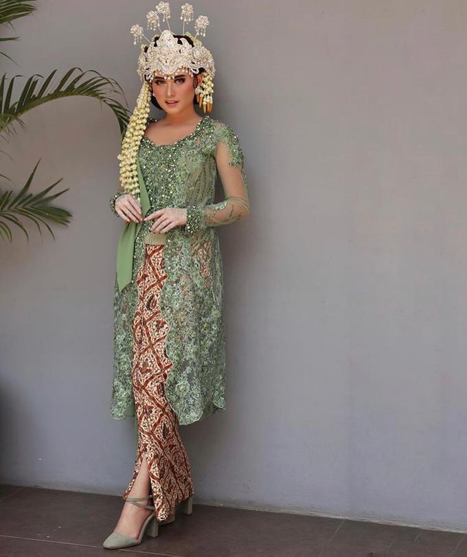 Sunda Siger - Kebaya Dasima by Djenar by Djenar Wedding - 006
