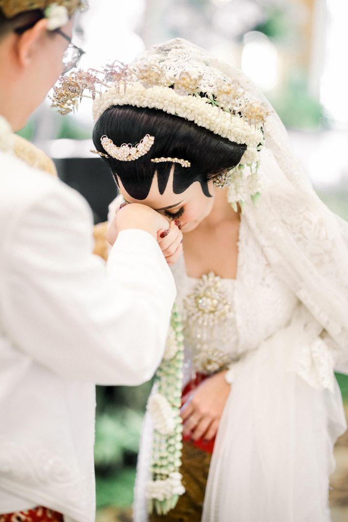Wedding Day Adhin + Budi by Deekay Photography - 008