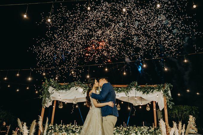 The Wedding of Desy & Alvian by Tirza Zoraya - 009