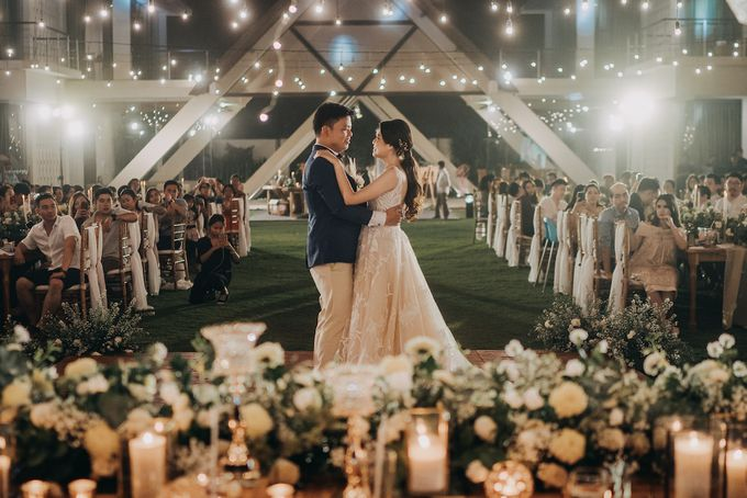 The Wedding of Desy & Alvian by Tirza Zoraya - 006