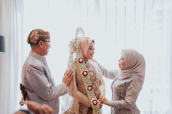 DINI & AGI WEDDING by Akuwedding - 013