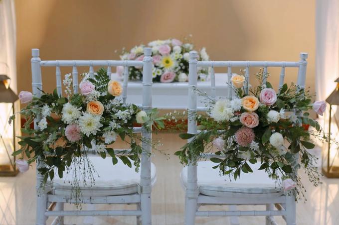 The wedding of Boy & Selfie by Dona Wedding Decoration & Planner - 008
