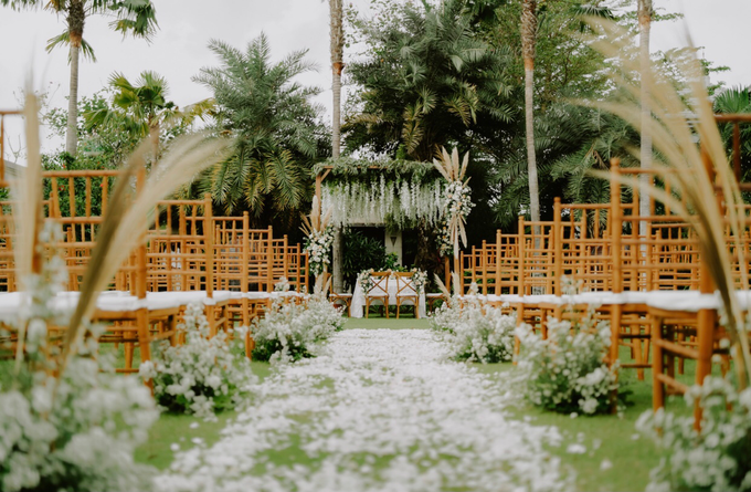 The Wedding of Rafif & Varian by Dona Wedding Decoration & Planner - 011