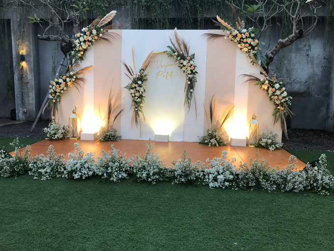 The Wedding of Rafif & Varian by Dona Wedding Decoration & Planner - 012