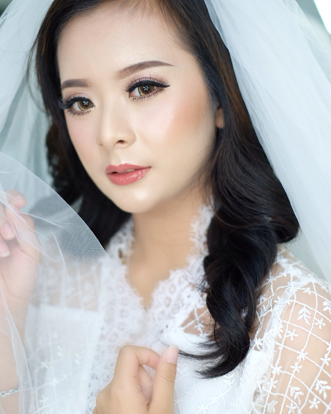 Lisa by Donna Liong MakeupArtist - 003