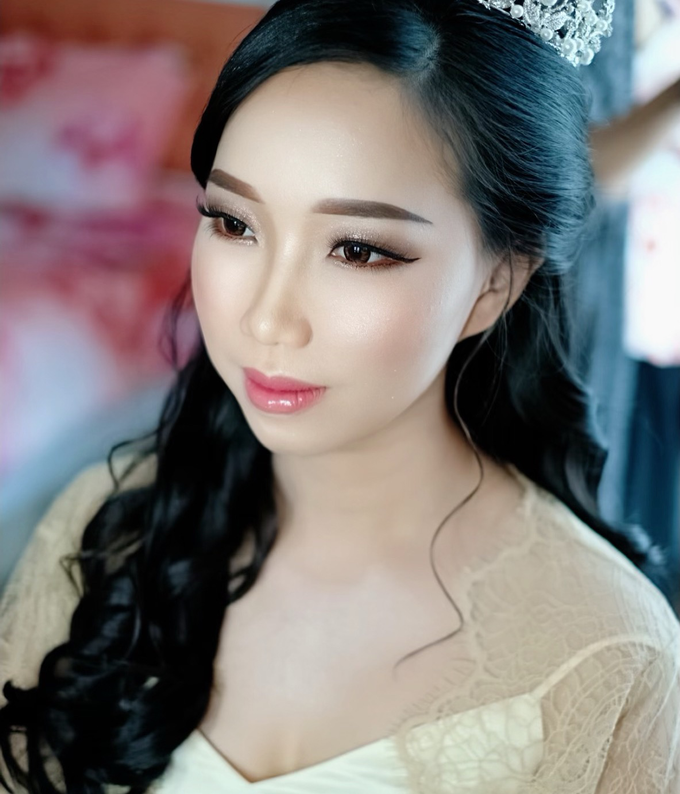 Grey & Holly 08.09.2019 by Donna Liong MakeupArtist - 002