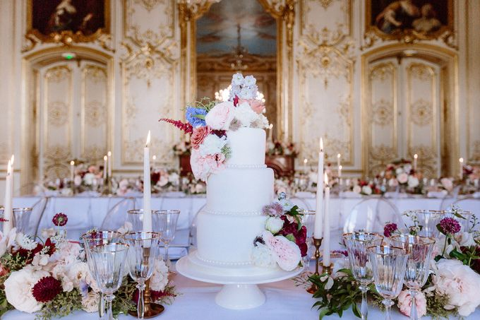 Private mansion luxury wedding in Paris by Dorothée Le Goater Events - 015