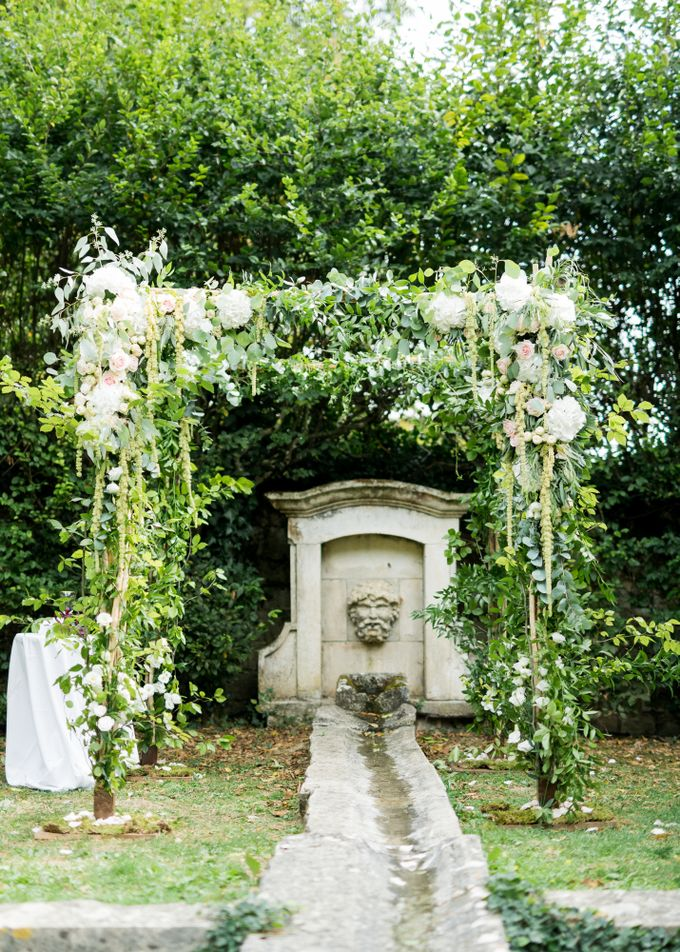 Fairytale castle wedding in France by Dorothée Le Goater Events - 015