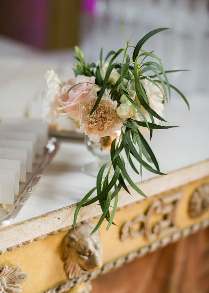 Fairytale castle wedding in France by Dorothée Le Goater Events - 017