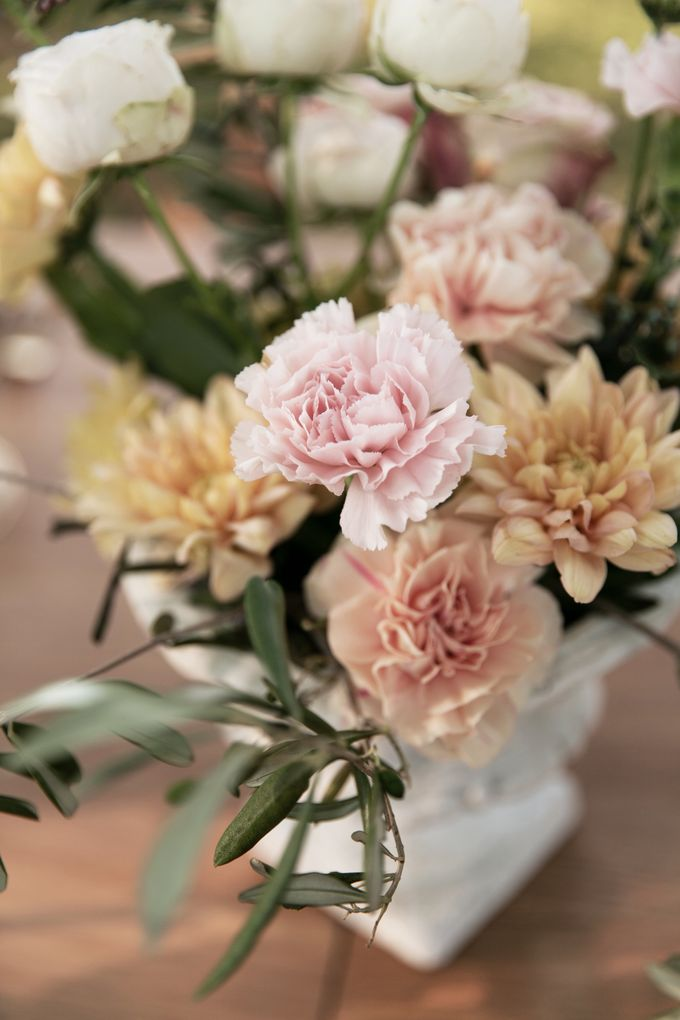 Al Fresco Wedding in the garden of a french castle by Dorothée Le Goater Events - 019