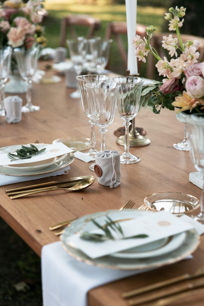 Al Fresco Wedding in the garden of a french castle by Dorothée Le Goater Events - 022