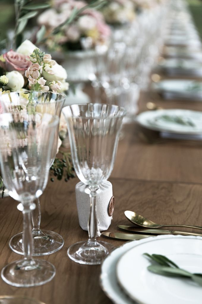 Al Fresco Wedding in the garden of a french castle by Dorothée Le Goater Events - 041