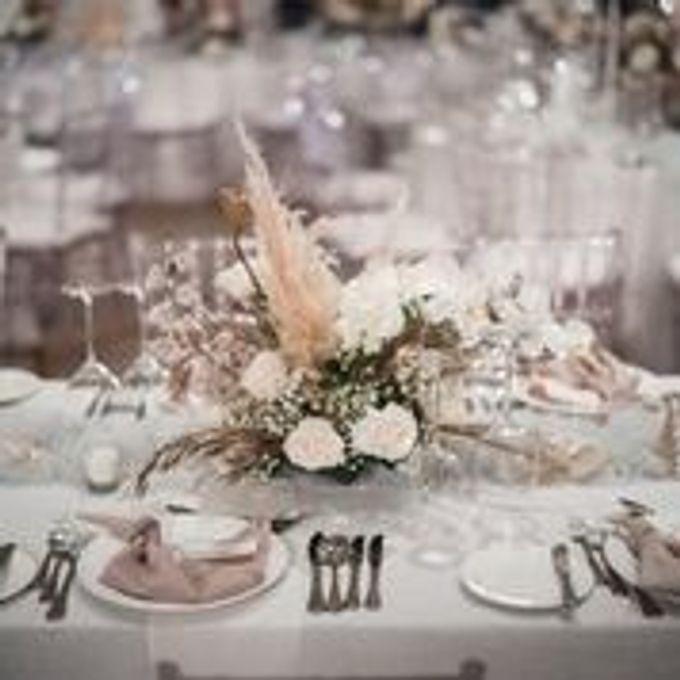 The Wedding Of Rheinaldy & Caroline by Hilda by Bridestory - 003