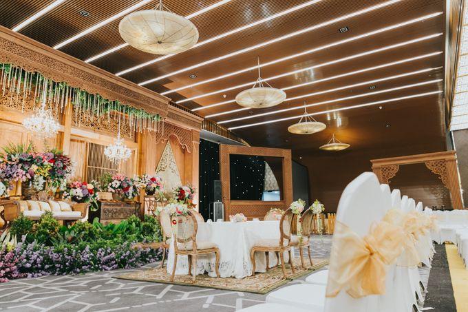 Javanese Akad of Reza & Dyah by  Menara Mandiri by IKK Wedding (ex. Plaza Bapindo) - 002