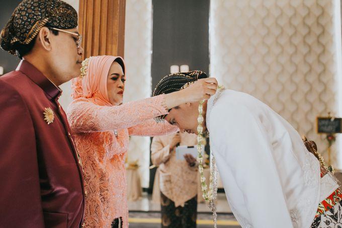 Javanese Akad of Reza & Dyah by  Menara Mandiri by IKK Wedding (ex. Plaza Bapindo) - 004