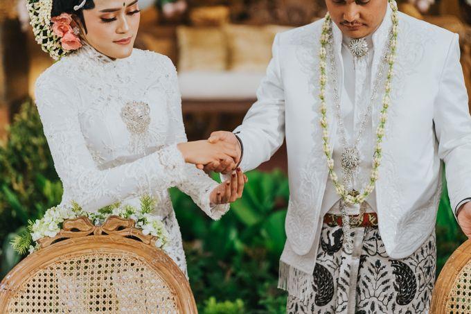 Javanese Akad of Reza & Dyah by  Menara Mandiri by IKK Wedding (ex. Plaza Bapindo) - 008