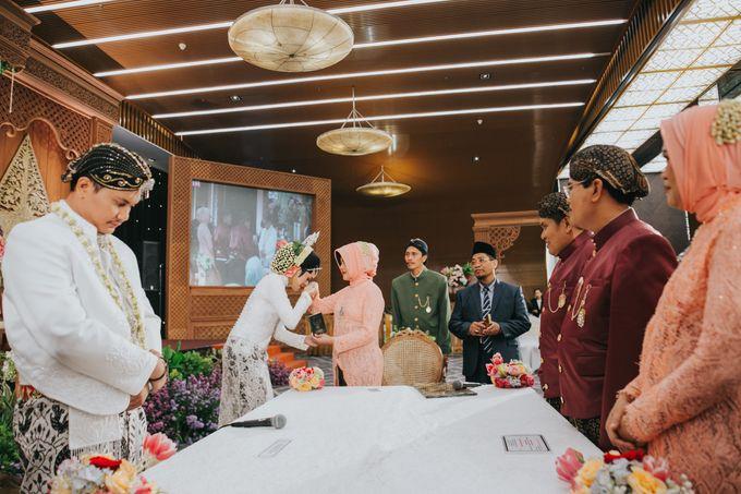 Javanese Akad of Reza & Dyah by  Menara Mandiri by IKK Wedding (ex. Plaza Bapindo) - 006