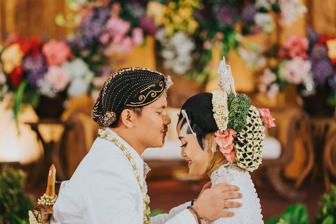 Javanese Akad of Reza & Dyah by  Menara Mandiri by IKK Wedding (ex. Plaza Bapindo) - 011