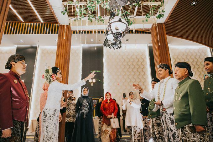Javanese Akad of Reza & Dyah by  Menara Mandiri by IKK Wedding (ex. Plaza Bapindo) - 012