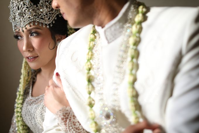 Dana & Brena Wedding by Akuwedding - 013