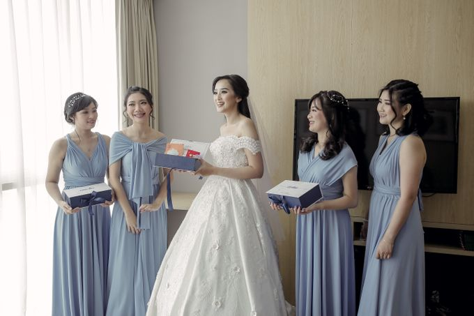 BRIDESMAID DRESS INFINITY DRESS by Infibrides ID - 006