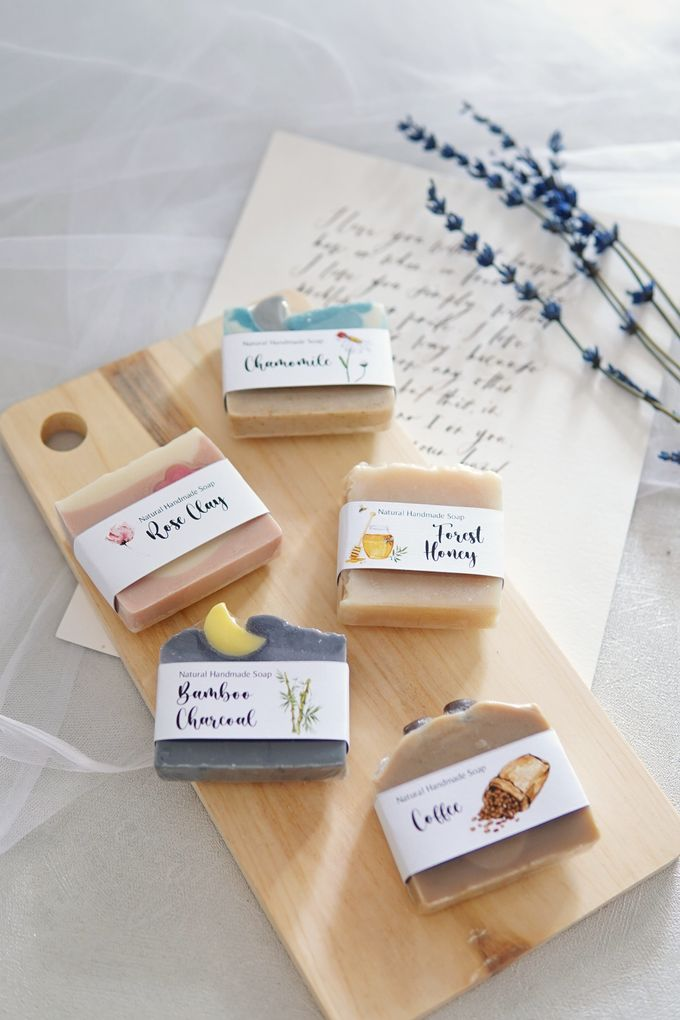 HANDMADE NATURAL SOAP GIFT by Jollene Gifts - 011