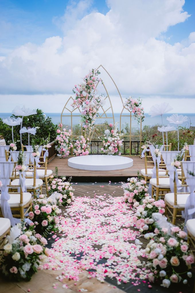 Intimate Wedding of Ethan & Lucy by Bali Wedding Atelier - 003