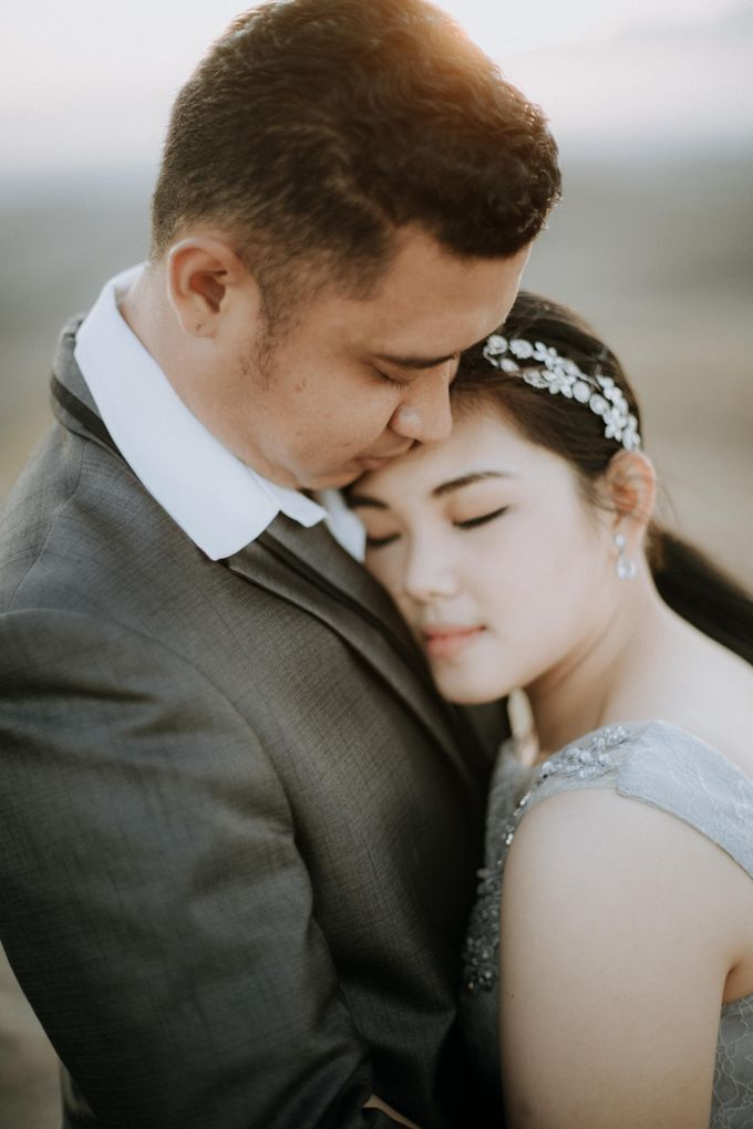 Mei & Stef Engagement Portrait by Keyva Photography - 003