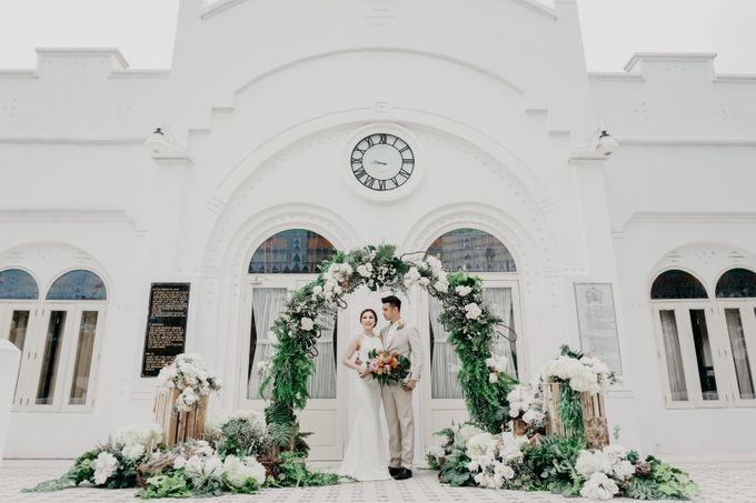 Tropical Wedding - Chintya & Glen by ELNATH - 001