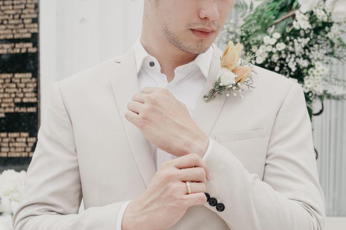 Tropical Wedding - Chintya & Glen by ELNATH - 007