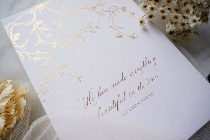 Romantic Floral by Trouvaille Invitation - 013