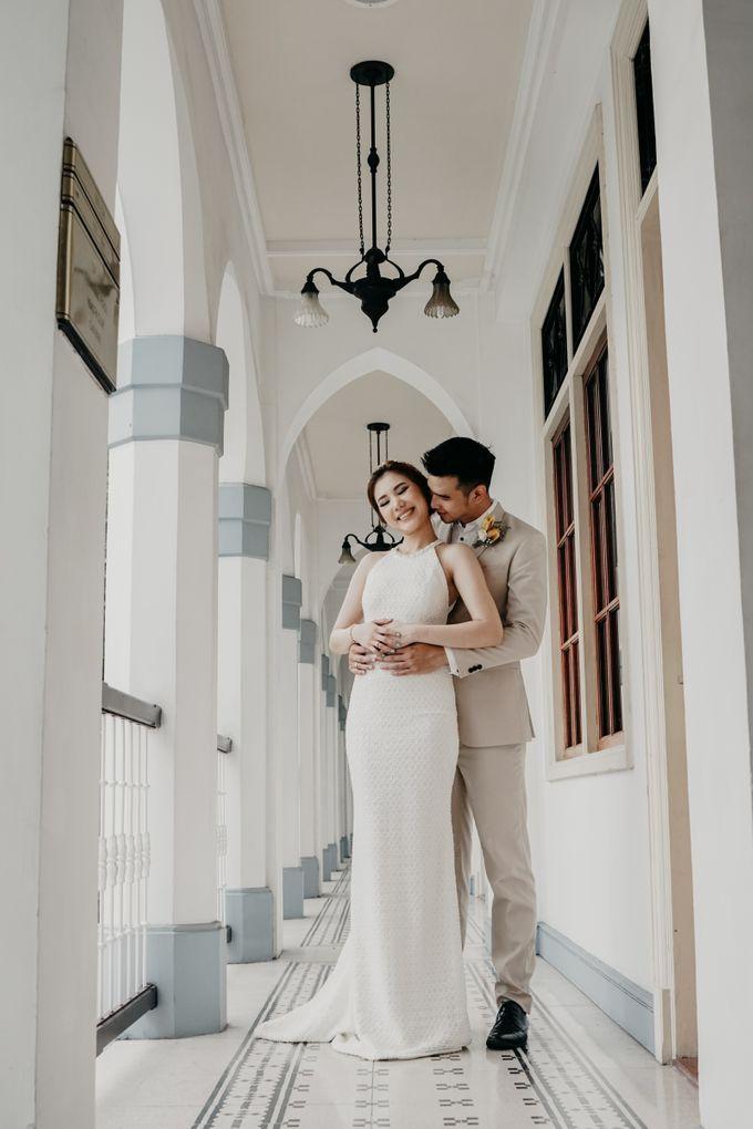 Tropical Wedding - Chintya & Glen by ELNATH - 010