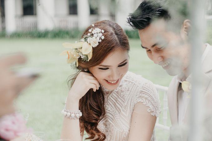 Tropical Wedding - Chintya & Glen by ELNATH - 011