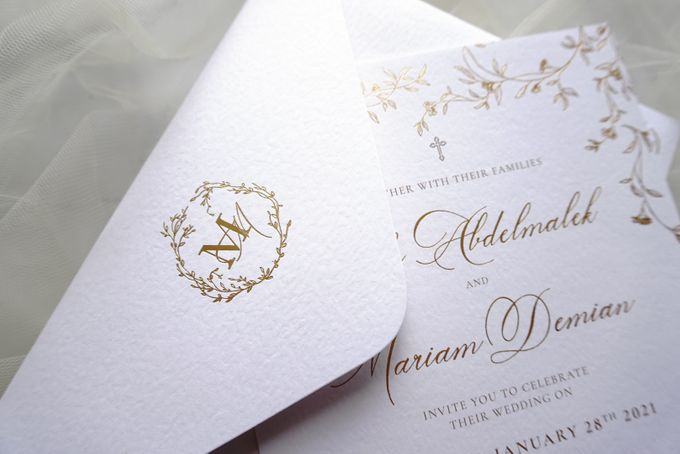 Romantic Floral by Trouvaille Invitation - 009