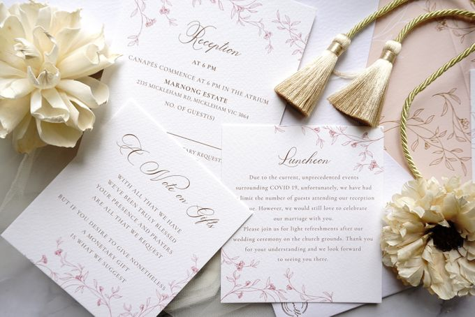 Romantic Floral by Trouvaille Invitation - 016