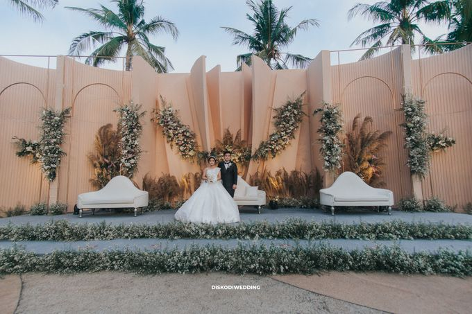 Sheraton Lampung   Intimate Yogi & Yovi by diskodiwedding - 007