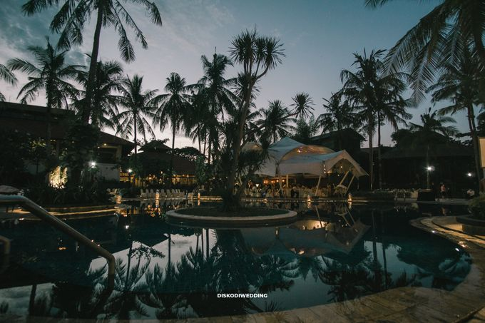 Sheraton Lampung   Intimate Yogi & Yovi by diskodiwedding - 009