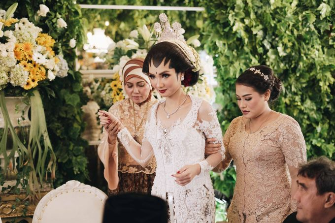 Javanese Wedding Jogja Culture by HR Team Wedding Group - 015